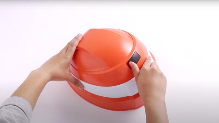 防災用折りたたみヘルメット IZANO(イザノ)の折りたたみ方